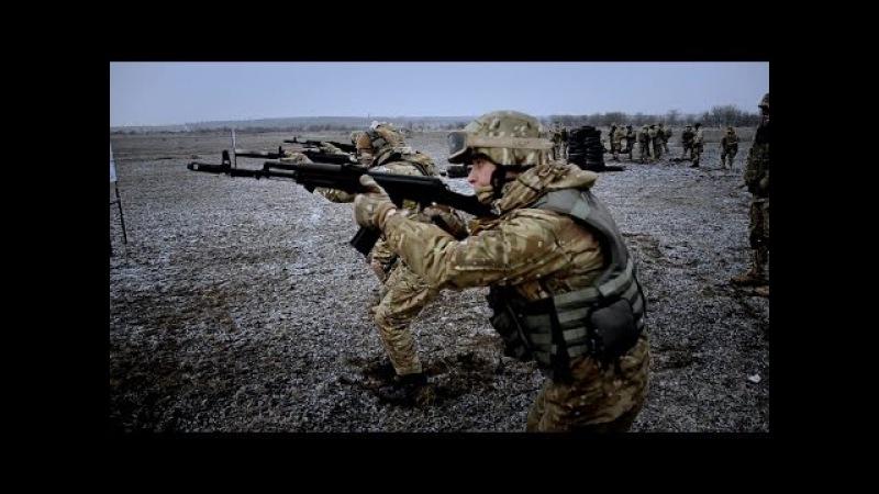 АЗОВ. Тренування піхоти на полігоні
