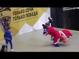 Танцевальный батл: Лео vs Руслан Громов (чемпион России 2014 года по Брейк-Дансу)