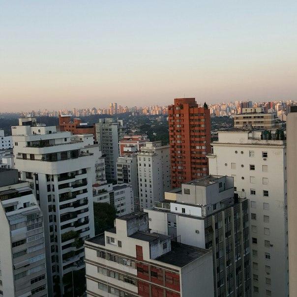 Рустам Минниханов пожелал подписчикам «Вконтакте» доброго дня из Сан-Паулу