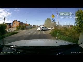 Авария в деревне Патрушево  (Тюмень) 12.09.2015 | ДТП авария