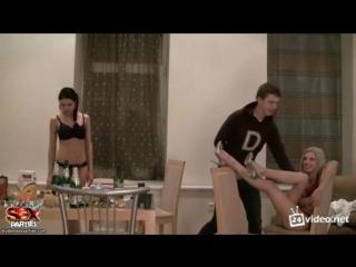 Вот так проходят вечера у русских студентов и студенток