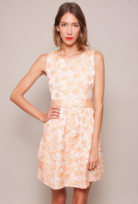 V WTuX3ilSQ - Актуальные в наступающем сезоне персиковые свадебные платья