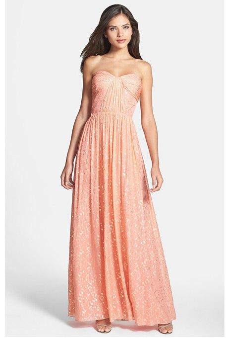 BNB7nbPOaNM - Актуальные в наступающем сезоне персиковые свадебные платья