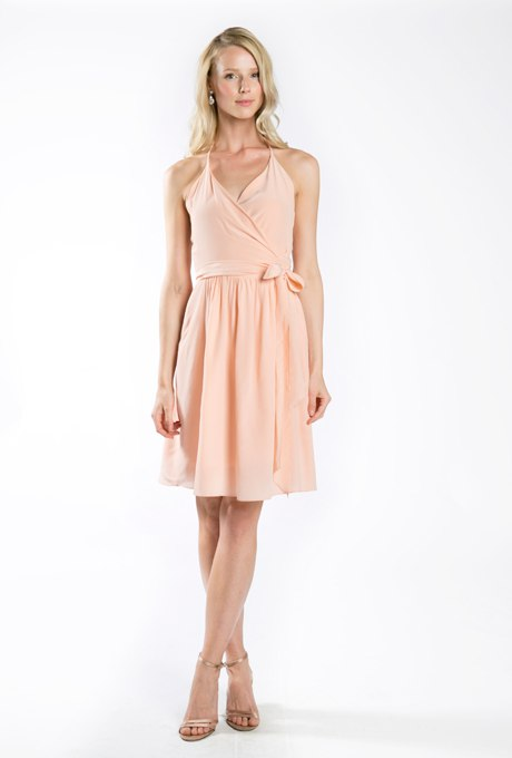 8MDSZsqMCU - Актуальные в наступающем сезоне персиковые свадебные платья
