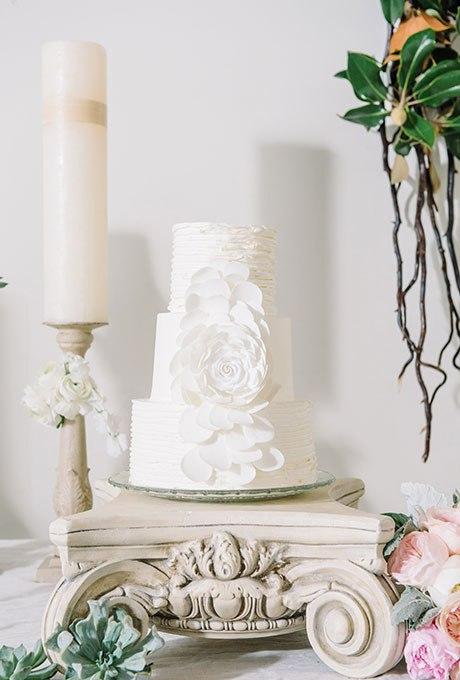 AkBdKgwT0nU - 23 Белоснежных свадебных торта