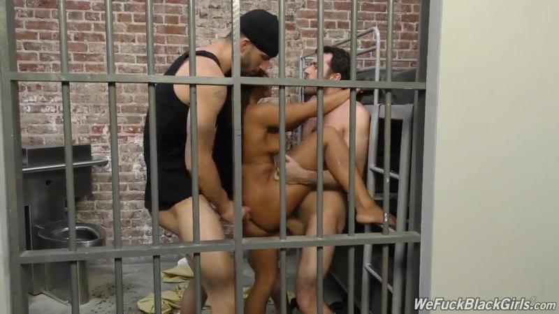 Female prison guards raped by male inmates porn streaming porn pics