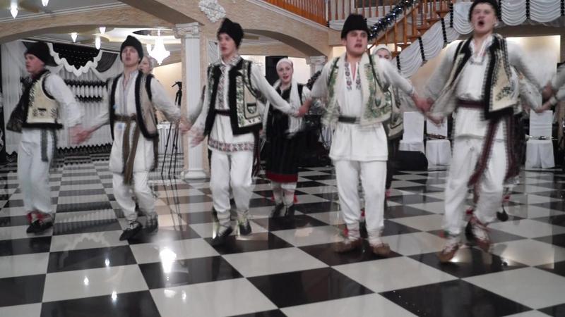 """Colectivul de dansatori """"GHIOCEL"""" din Horbova... sunteți bravo"""