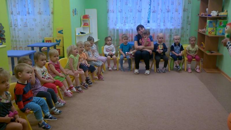 Малыши на Рутминского 2.(Музыкальное занятие с Ириной Викторовной)Детки умнички,очень любознательные!