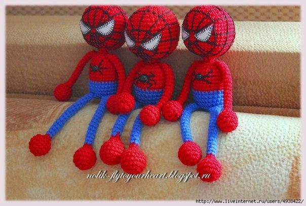 Супергерой Человек-Паук