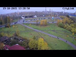 Кран порвал троллейбусную линию на нижнем Чапаевском кольце в Петрозаводске