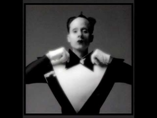 Klaus Nomi - Can't Help Falling In Love