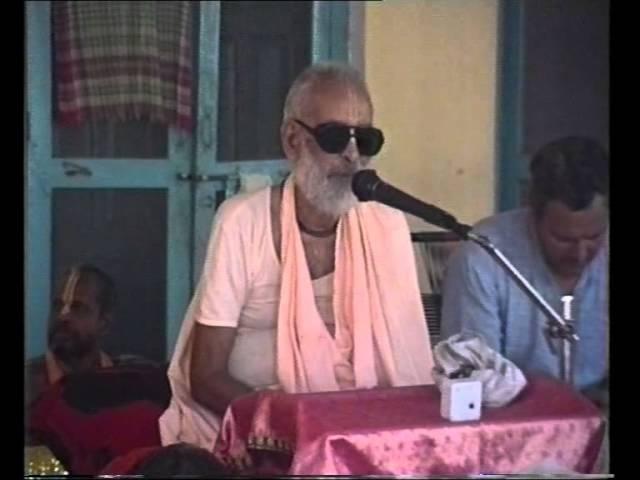 19981024 Varsana Srila Swami Maharaja Prabhupada's Dissapearance PM Class Ritvik Walk ORG