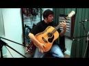 Виртуоз играет красивую песню на гитаре