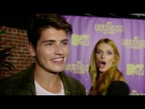 Gregg Sulkin Video Bombed by Bella Thorne - MTV Fandom Awards Comic Con 2015