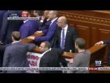 Полное видео драки в Раде 11.12.2015 Барна vs Яценюк - YouTube