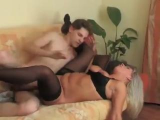 Русское порно выпускница чулки фото 536-596