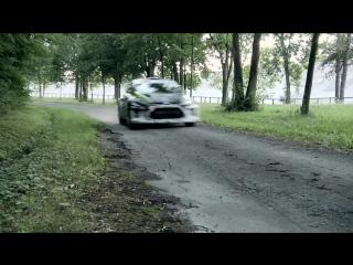 просто ювелирное вождение на бешаной скорости от знаменитого ралийного гонщика, КЕН БЛОК РУЛИТ!!!!!!33