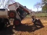Loader fun / Эпическая загрузка мини-погрузчика в кузов грузовика