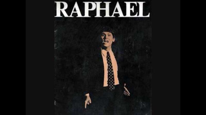 Le grand Raphael chantant en francais