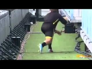 Смешные приколы  Футбол, футболисты и всё, что на поле
