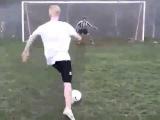Футбольный трюк Юмор! Прикол! Смех