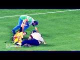 Как работают футбольные доктора в Греций 2015 / Приколы в футболе 2015