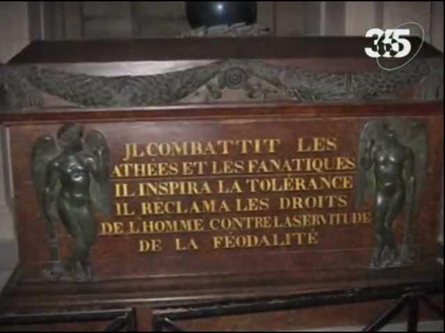 Жан-Жак Руссо -- предвестник Великой революции.