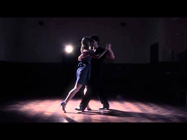 Аргентинское танго. Танец на базовых фигурах. Просто и изящно.