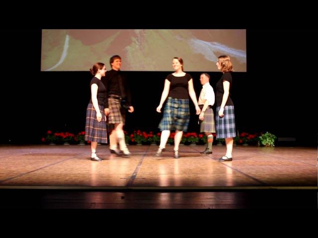 Twin Cities Branch RSCDS dancing Shiftin' Bobbins