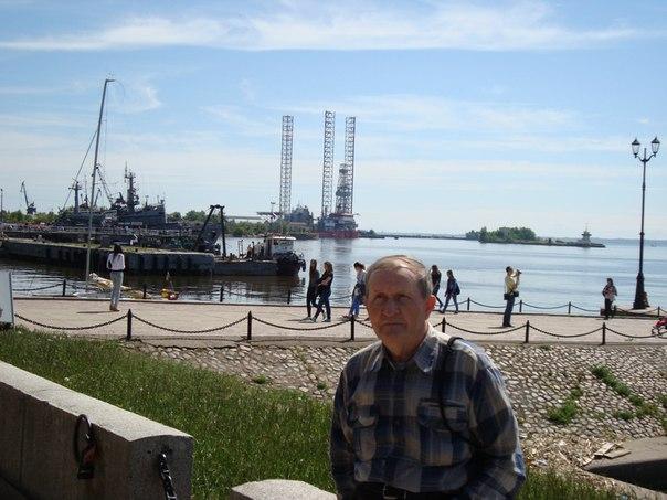 Николай Честнов: В морском порту Кронштадта.