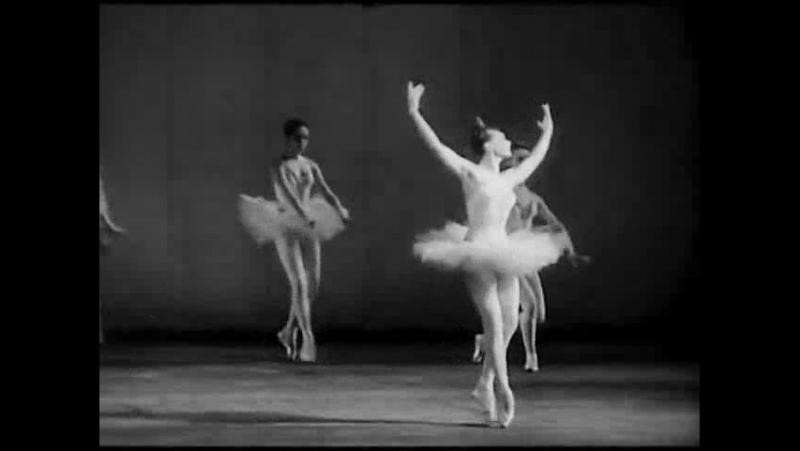 «Kaleria Fedicheva And Yuri Solovyov in Roman Carnival».