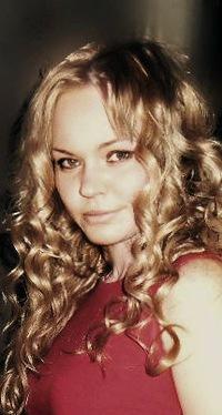 Нелли Жуковская