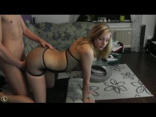 Секси блондинка отлично трахается дома со своим парнем, частное видео HD 720 (Порно Фитоняшка Малолетка Анал Самбука Соска Сиcьк