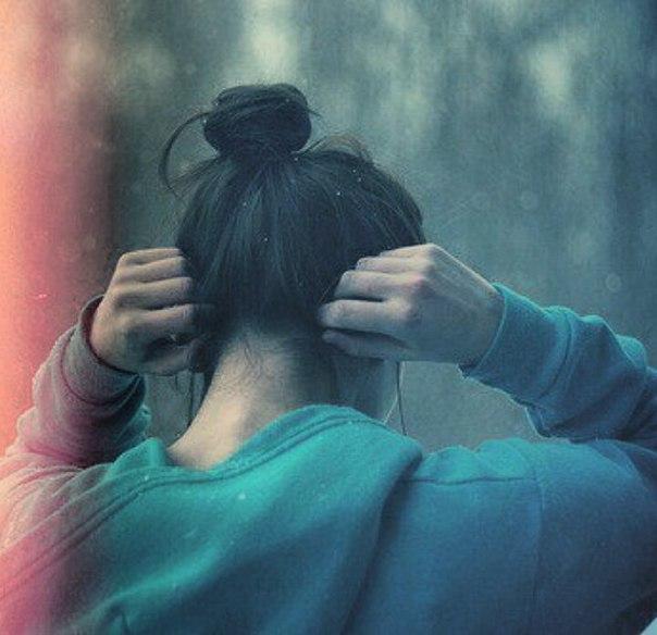 Фото девушки чтобы не было видно лицо