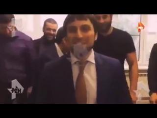 Полицейского, устроившего свадебные гонки на видео в Москве, уволили 18.01.2017