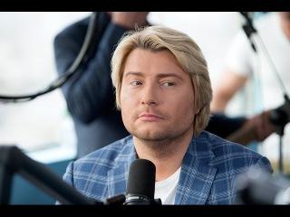Музыкальная подстава для российских звёзд
