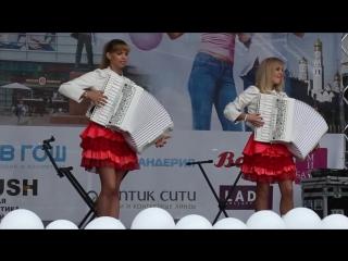 "ACCORDIONS GIRLS-VINUS Дуэт ""ЛюбАня"" [Harmonica,аккордеон,шизгара,баян,concertina,acordeon]"