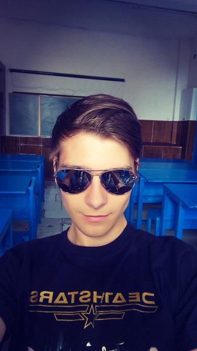 Юрий Веселов