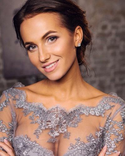 Натали Савинова