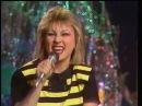 Валентина Легкоступова и группа Бревис - Капля в море Песня года 1989 Финал