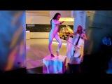 Duo Cellea - White Cello & Contortion
