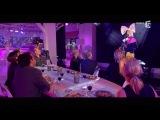 """Sia, en Live avec """"Alive"""" - C à vous - 09⁄12⁄2015"""