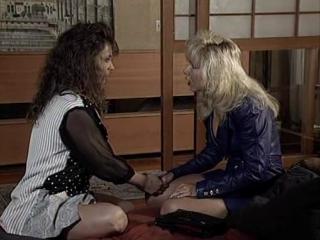 Two women / две женщины (alex de renzy) [1992 г., lesbian sex | female nudity | sex | hardcore | anal sex, dvdrip]в ролях: kim m