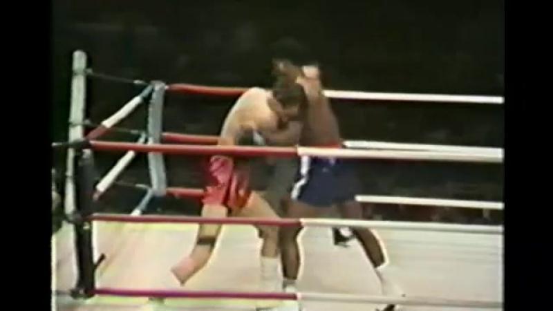 George Foreman vs Bob Hazelton (06-12-1969) » Freewka.com - Смотреть онлайн в хорощем качестве