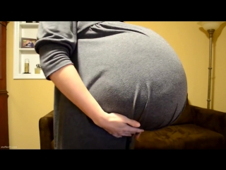 Soo hot!! huge alien pregnancy pro