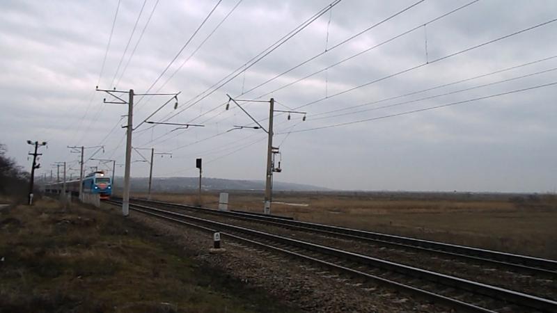 ЭП1М-389 (ТЧЭ-8 Кавказская), перегон Александровка-Кизитеринка, 14 февраля 2016 года.