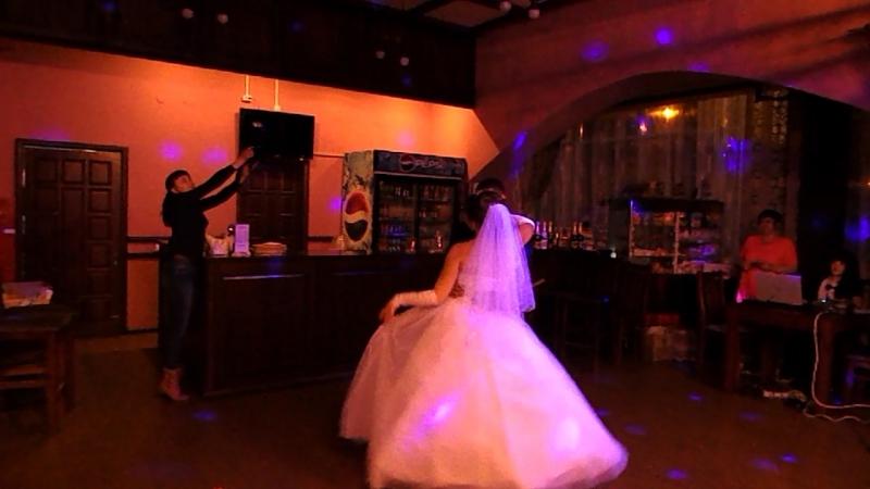 Первый свадебный танец Копотиловы 31 10 2015