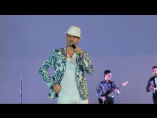 Мунир Рахмаев - Концерт Алмаза и Айдара Юнусовых (Уфа 08.10.15)