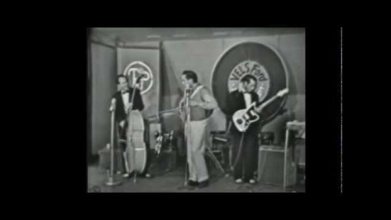 Johnny Cash - Impersonation of Elvis