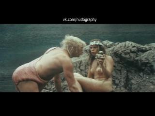 Ольга Машная голая в фильме На помощь, братцы! (1988, Иван Василев)
